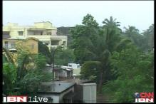 Phailin impact: Rain, wind lash Srikakulam district of Andhra
