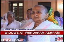 NGO takes widows from Vrindavan to Kolkata for Durga Puja