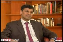Increasing diesel prices one way to control fiscal deficit: Rajan