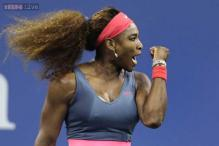 Serena Williams eases past Kerber in WTA Championships