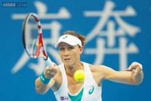 Samantha Stosur beats Johanna Larsson at Japan Women's Open