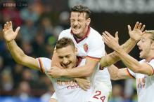 Top spot up for grab in Serie A as Roma host Napoli