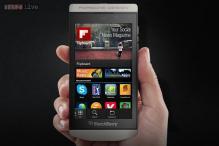 P'9982: BlackBerry introduces Porsche-designed Z10 smartphone