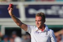 Atherton hails Broad as Warne and Waugh bemoan Aussie batting