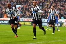 Frenchmen strike as Newcastle beat Chelsea 2-0