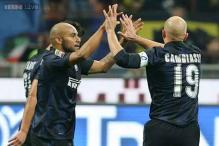 Goalkeeping howler helps Inter beat Livorno 2-0