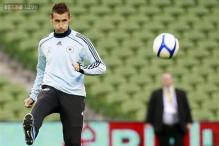 Germany's Klose, Mertesacker out of Italy game