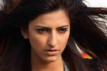 Shruti Haasan attacked by stalker at her home