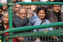 Meet Delhi Chief Minister Arvind Kejriwal's family