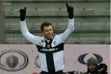 Parma draw 1-1 with 10-man Bologna in Serie A