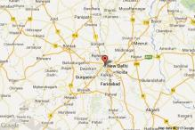 Delhi: Suspecting infidelity man hammers nail into wife's head