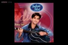 Fans bid teary-eyed goodbye to 'Indian Idol 2' winner Sandeep Acharya