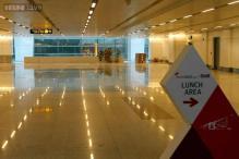 Delhi: Fog disrupts flight operations at IGI airport
