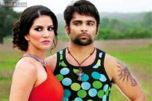 Sunny Leone's 'Jackpot': Tweet Review