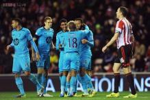 John O'Shea's own goal helps Tottenham defeat Sunderland 2-1