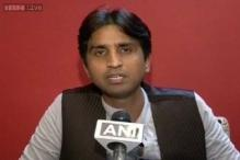 Kumar Vishwas, Kejriwal's man Friday, calls himself a youth icon
