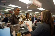 Snapshot: Barack Obama seen shopping for Jhumpa Lahiri's book 'The Lowland'