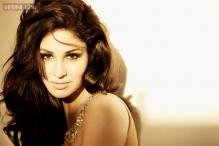 Pooja Chopra under pressure to work with Vipul Shah