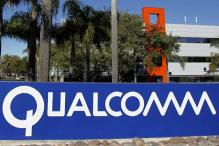 Qualcomm plans smartphone chips with 64-bit technology