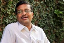 Haryana charges IAS officer Khemka with destroying Vadra's reputation