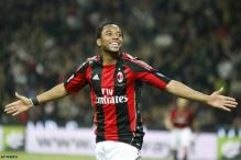 Santos in talks with AC Milan over Robinho move