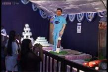 Life-size Sachin Tendulkar cake grabs eyeballs