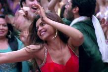 Shah Rukh, Farah are protective about me: Deepika Padukone