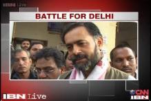 Delhi polls: AAP continues vigil against liquor and cash distribution