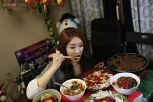 South Korean earns $9,400 monthly by eating online