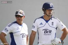 ECB chief backs Andy Flower, Alastair Cook amid Ashes gloom