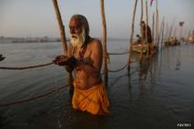 Devotees take holy dip in Ganga on Mauni Amavasya