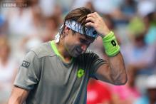 Ferrer overcomes heat to move into Australian Open's third round