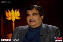 Gadkari sends defamation notice to Kejriwal for corruption allegations
