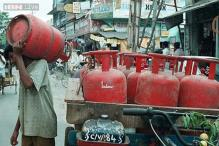 Price of non-subsidised LPG hiked by Rs 220 per cylinder