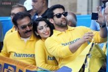 Bollywood stars participate in Mumbai Marathon