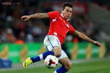 Valencia get Chile forward Eduardo Vargas on loan