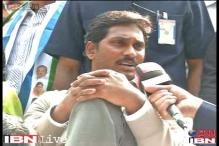 Jagan Reddy detained by Delhi Police, protest stalled
