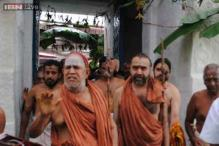 Kanchi Sankaracharya Jayendra Saraswati stable after hospitalisation in Nellore