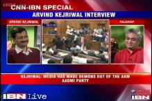 Kejriwal says AAP members shouldn't have called L-G a Congress agent