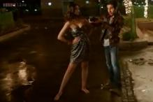 Bewakoofiyaan: 'Khamakhaan' brings out the naughty side of Sonam Kapoor