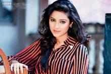 Pratyusha Banerjee debuts as TV host with 'Savdhaan India'