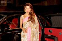Snapshot: Priyanka Chopra arrives at Zee Cine Awards in her new Rolls Royce car