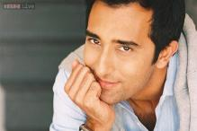 Rahul Khanna agrees to go nude for TV series 'The Americans'