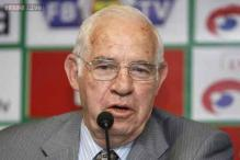 Former Spain's Euro 2008 winning coach Aragones dies at 75