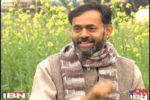 AAP's Yogendra Yadav has two acres land, Rs 2000 cash in hand