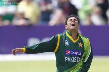 Abdur Rehman barred after bowling three illegal full tosses