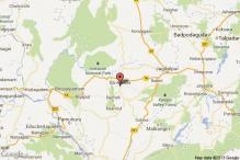 Armed Maoists set 15 trucks on fire in Dantewada