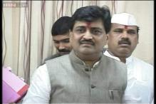 No legal bar on Ashok Chavan to contest Lok Sabha elections: Sonia