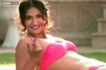 Focus on Sonam's bikini scene in 'Bewakoofiyaan' disappointing: Director
