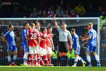 EPL: Row after referee sends off wrong Arsenal player